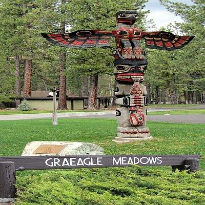 Graeagle Meadows Totem Sign-R